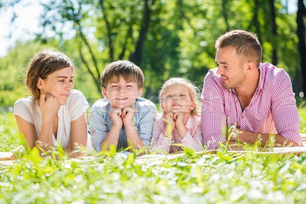 週末 家族 幸せな家族 4 夏 公園 ストックフォト © adam121