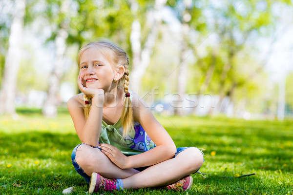 肖像 少女 公園 座って 草 夏 ストックフォト © adam121