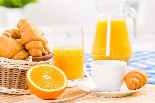 Erken kahvaltı turuncu kahve kruvasan portakal suyu Stok fotoğraf © adam121