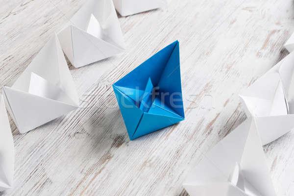 Affaires origami bateaux table en bois Photo stock © adam121