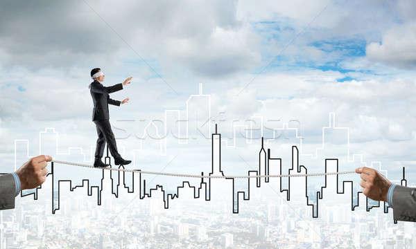 Business risico ondersteuning hulp man balancing Stockfoto © adam121