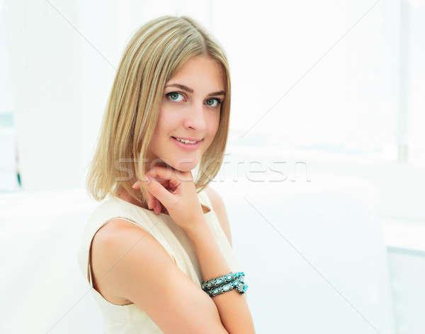 Portré aranyos nő város kávézó mosoly Stock fotó © adam121