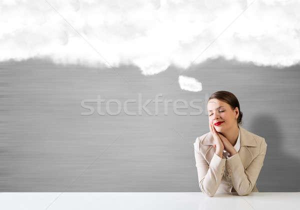 Träumen Geschäftsfrau jungen anziehend Sitzung Tabelle Stock foto © adam121