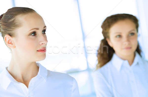 Zakenlieden bespreken gezamenlijk taak vriendelijk Stockfoto © adam121
