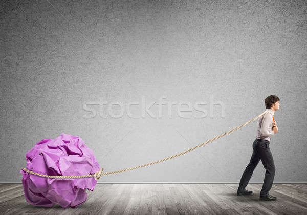 Homme effort grand balle papier Photo stock © adam121