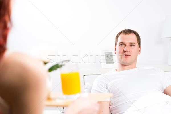 女性 彼氏 朝食 ベッド トレイ ストックフォト © adam121