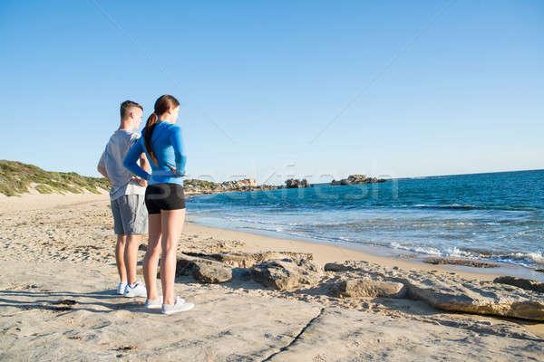 Ochtend lopen jonge actief paar joggers Stockfoto © adam121