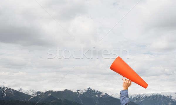 Hand man papier trompet natuurlijke Stockfoto © adam121