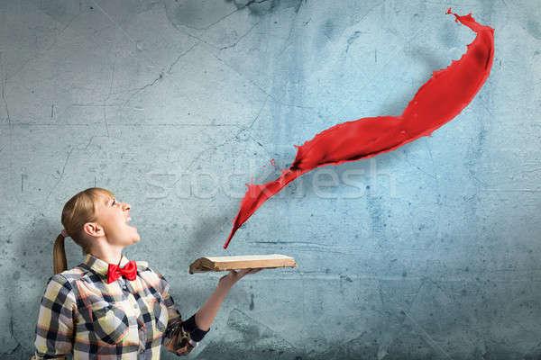 Nina libro jóvenes mujer casual manos Foto stock © adam121
