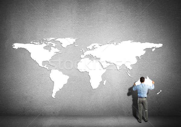 Global interacción empresario pie atrás continentes Foto stock © adam121