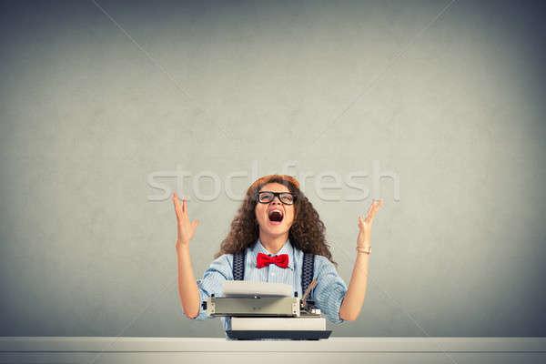 Frau Schriftsteller Bild Tabelle Schreibmaschine Stock foto © adam121