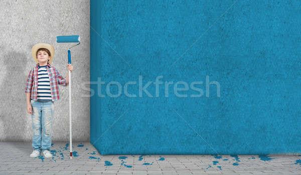 Home cute weinig jongen verf Stockfoto © adam121