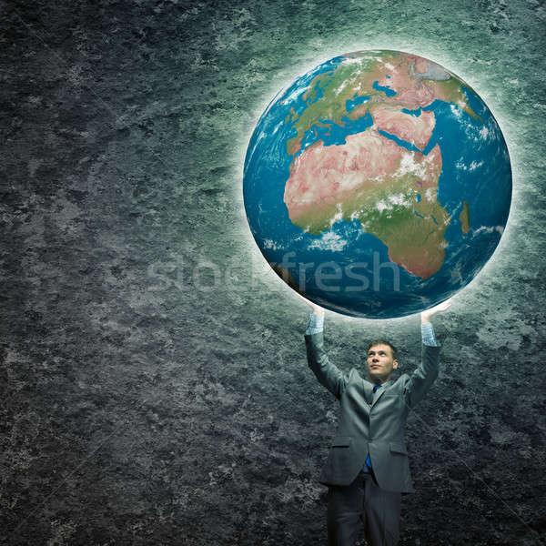 Stockfoto: Veilig · planeet · jonge · zakenman · aarde
