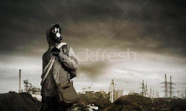 Сток-фото: пост · апокалиптический · будущем · человека · оставшийся · в · живых · противогаз