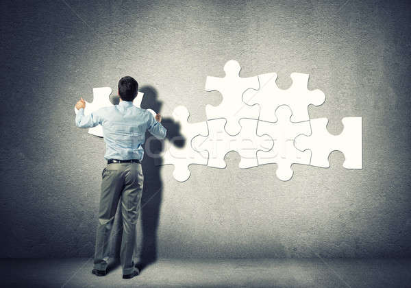 Problémamegoldás üzletember áll hát kapcsolódik férfi Stock fotó © adam121
