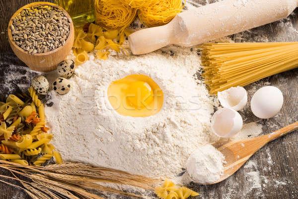 Farine oeufs blé jouir de maison alimentaire Photo stock © adam121