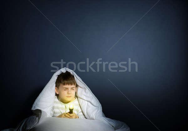 Erkek el feneri görüntü korkmuş çocuklar ölüm Stok fotoğraf © adam121