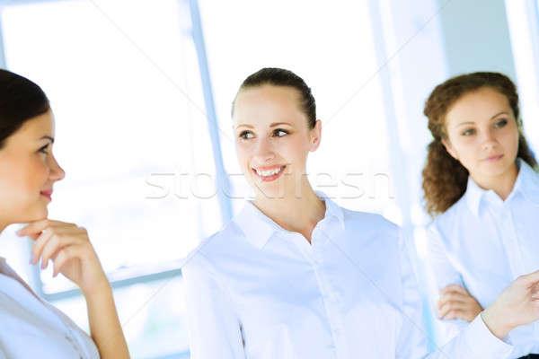 Empresários discutir articulação tarefa amigável trabalho em equipe Foto stock © adam121