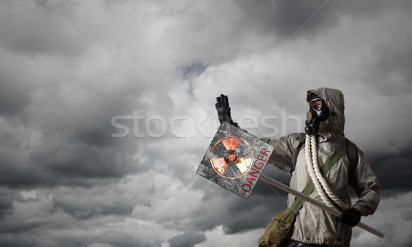 Vahiy gaz maskesi önlem tehlike işareti maske Stok fotoğraf © adam121