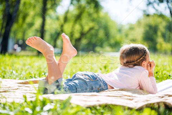 Kid park achteraanzicht meisje zomer meisje Stockfoto © adam121