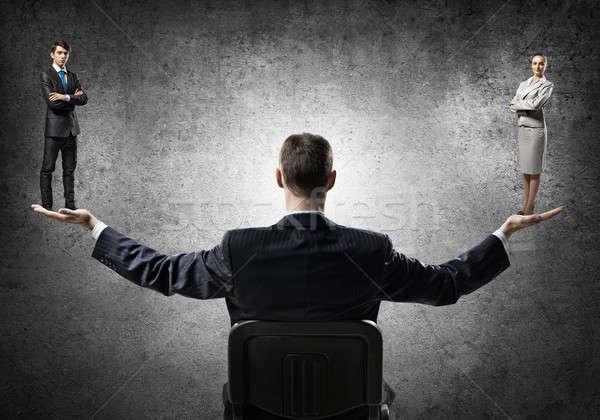 Adam kadın eşitlik işadamı oturma sandalye Stok fotoğraf © adam121