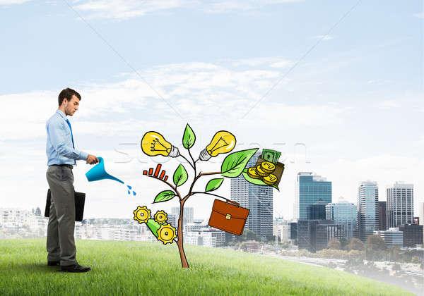 Photo stock: Jeunes · affaires · extérieur · croissance