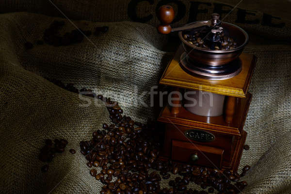Kahve değirmen fasulye çuval bezi natürmort ahşap Stok fotoğraf © adam121
