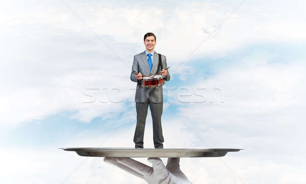 ストックフォト: ビジネスマン · 金属 · トレイ · 演奏 · ドラム · 青空