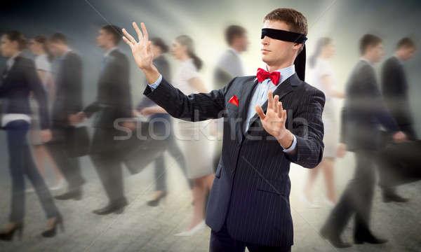 Jonge geblinddoekt man armen naar manier Stockfoto © adam121
