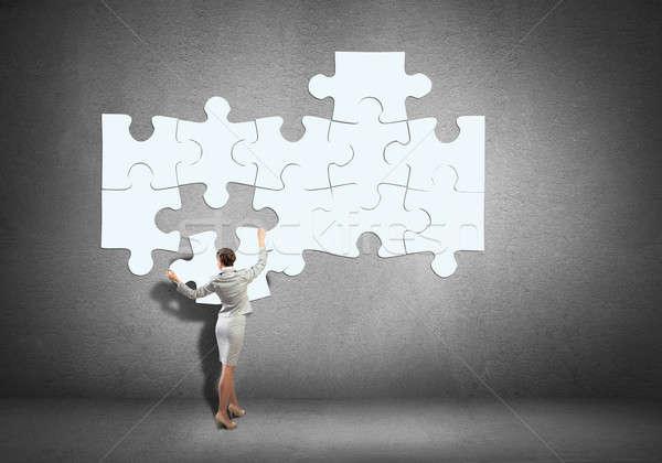 Problémamegoldás üzletasszony áll hát kapcsolódik nő Stock fotó © adam121