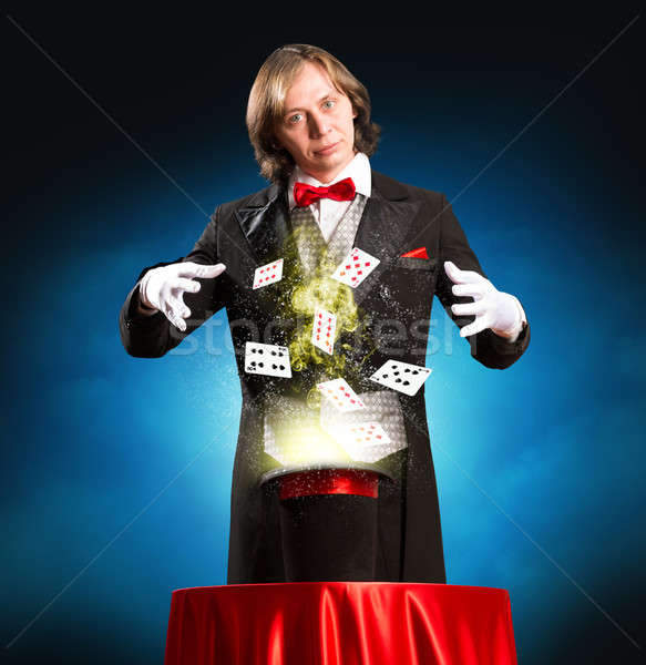 Goochelaar magie uit hoed cilinder Stockfoto © adam121