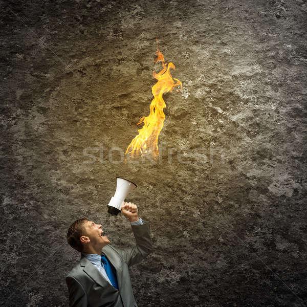 Agresivo gestión jóvenes empresario gritando fuego Foto stock © adam121