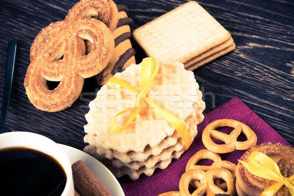 Stock fotó: édesség · kávészünet · sütik · kekszek · ünneplés · fa · asztal