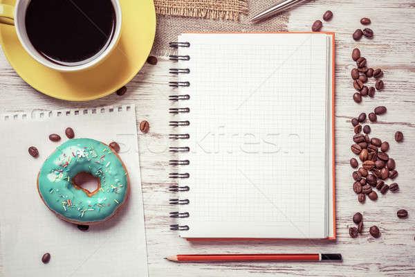 Stok fotoğraf: Kahve · molası · notepad · fincan · kahve