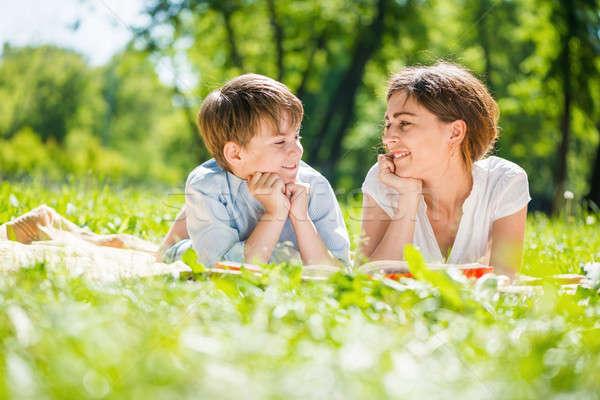 Família parque bonitinho menino mulher jovem verão Foto stock © adam121