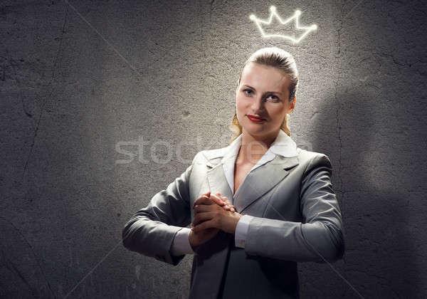 Mulher coroa jovem ambicioso empresária cabeça Foto stock © adam121