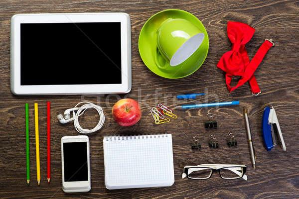 таблице натюрморт Кубок кофе таблетка телефон Сток-фото © adam121