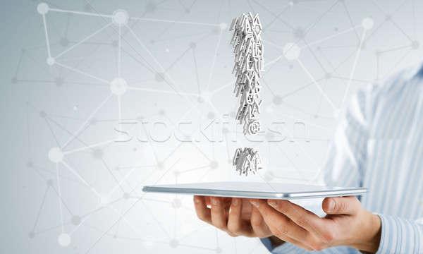 Signo de admiración tableta mano empresario Foto stock © adam121