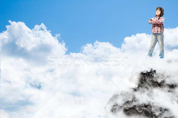 22f599f261abe0 Jongen helm piloot wolken Stockfoto © adam121