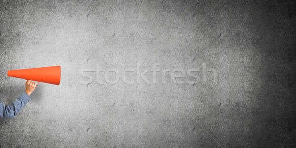 ストックフォト: 手 · 男 · 紙 · トランペット · 具体的な