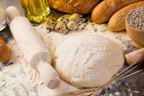 Сток-фото: мучной · яйца · белый · хлеб · пшеницы · ушки · натюрморт