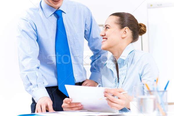 Stock fotó: Kollégák · megbeszél · jelentések · asztal · iroda · együtt · dolgozni