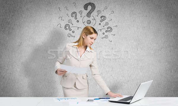 Töprengő nő munka vonzó üzletasszony áll Stock fotó © adam121