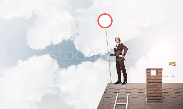кавказский бизнесмен кирпичных дома крыши Сток-фото © adam121