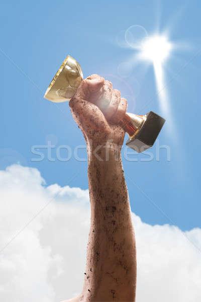 Vencedor mão copo sucesso céu Foto stock © adam121