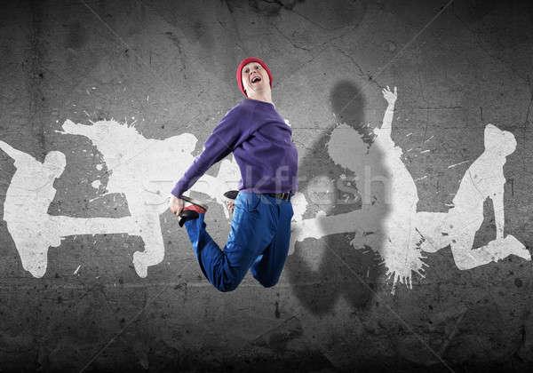 Stok fotoğraf: Hip · hop · dansçı · genç · atlamak · siluetleri · gri