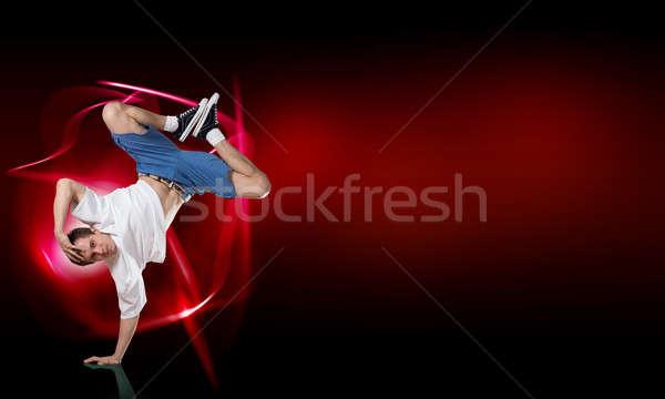 Breaktáncos áll kéz fiatal előad áll Stock fotó © adam121