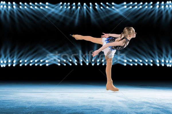 Ragazza ghiaccio skater riflettori dance fitness Foto d'archivio © adam121