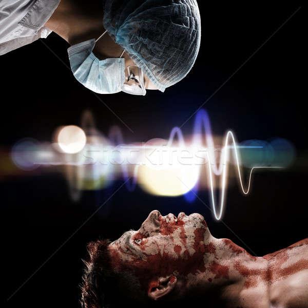 Verwundet Mann Arzt Bild erste-Hilfe- Gesundheit Stock foto © adam121