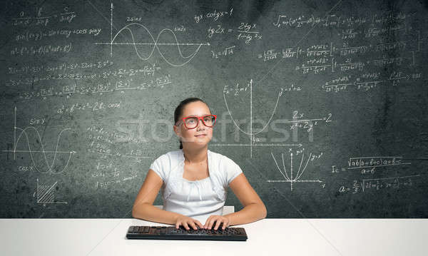 Piccolo scuola genio ragazza età rosso Foto d'archivio © adam121